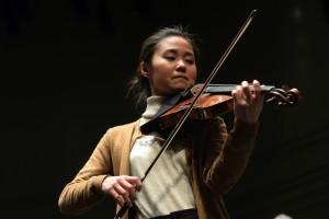 Folle journée de Nantes 2016 , cette année le thème est la nature. Ici Sayaka Shoji et le Polish Chamber Orchestra. Photo : Marc ROGER Mention obligatoire